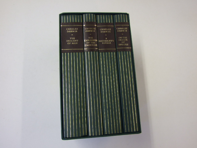 The Essential Darwin: On the Origins of Species, The Expression of the Emotions, The Descent of Man & A Naturalist's Voyage (4 Vol. Set)