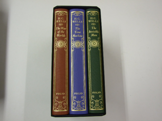 Classics of Science Fiction 3 Volumes The War of the Worlds, The Time Machine, The Invisible Man